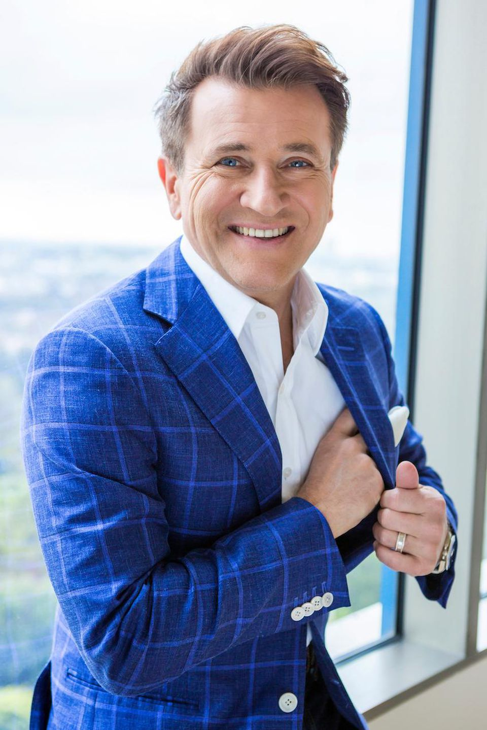 Book Robert Herjavec