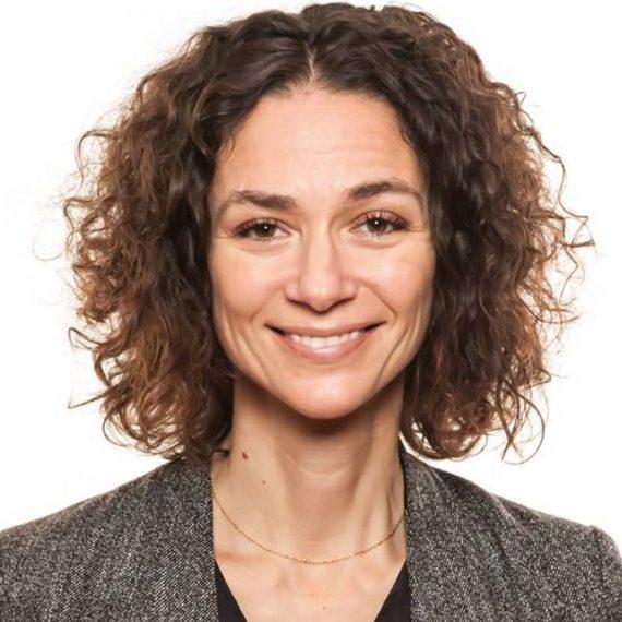 Julie ANgus